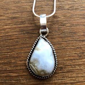 Jewelry - Blue lace agate stone pendant